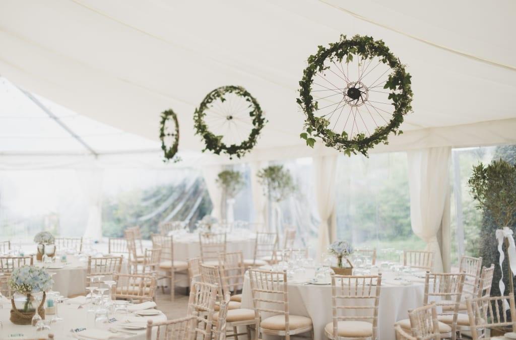 Hanging Greenery, wedding decor, wedding style